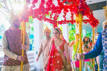 Unique Bridal Phoolon ki Chadar with Floral Frame