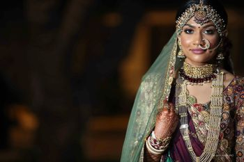 unique bridal jewellery for the wedding with heavy mathapatti