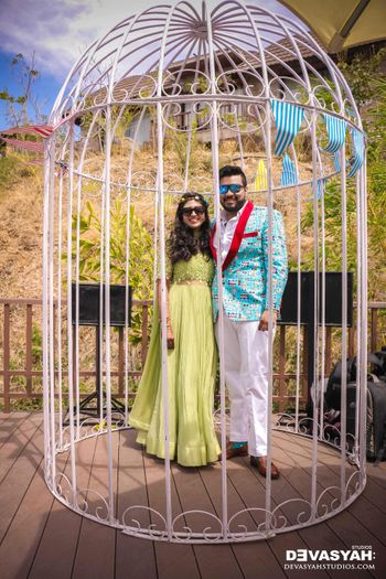 Giant Bird Cage Prop for Wedding With Couple Inside it