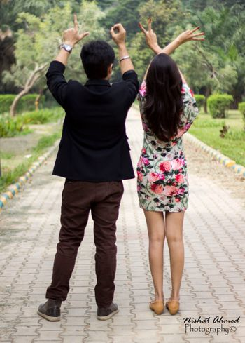 make save the date number with hands