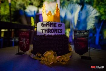 Photo of Game of Thrones-themed wedding cake.