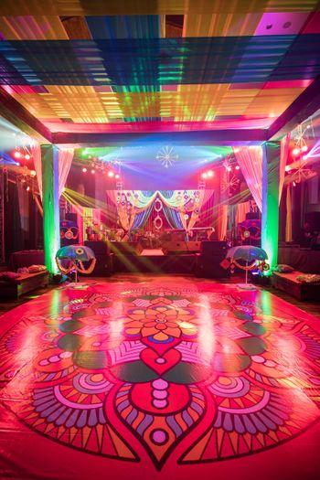 Printed floors in Mehendi decor.