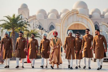 Groom with groomsmen on wedding day