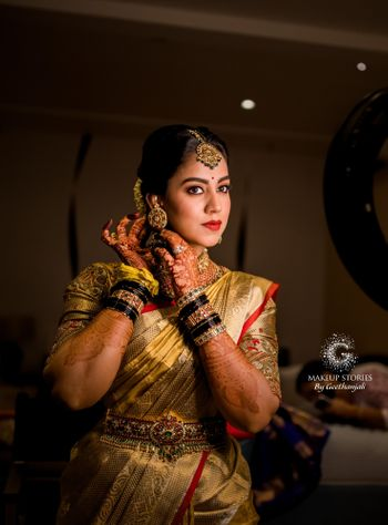Soith indian bride getting ready shot