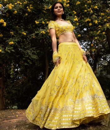 Photo of Bright mehendi outfit ideas