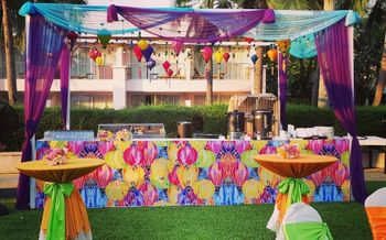 Photo of funky hot air balloon theme mehendi bar decor idea