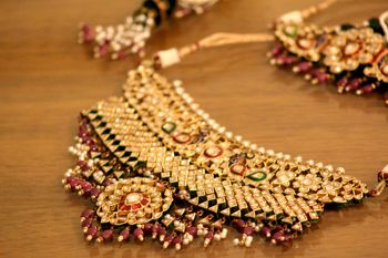 Red and green bridal Kundan choker necklace