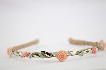Bridal hairband with roses