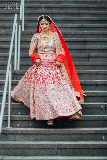 Red and pink bridal leheng