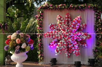 Photo of Floral arrangements decor
