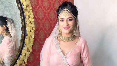 beautiful Ayushi