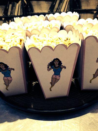 Photo of Serve popcorn during the pheras