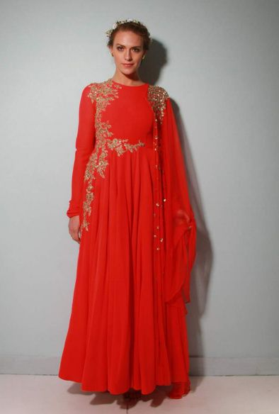 Photo of Ridhi Mehra red anarkali