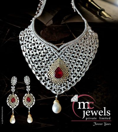Photo of Diamond necklace set