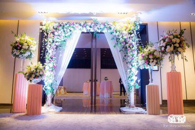 Photo of Pastel floral entrance decor
