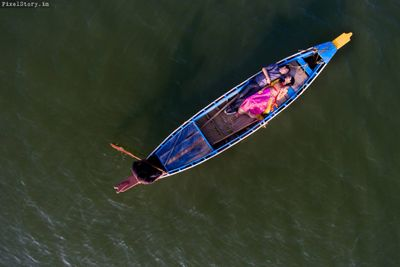 Photo of Boat pre wedding shoot