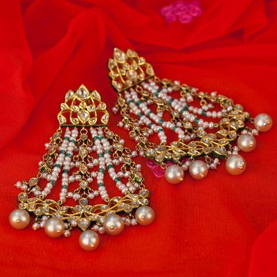 Photo of Gold jhoomer earrings