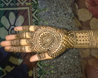 Best Bridal Mehandi Artists in Bangalore - Prices, Info & Reviews