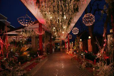 Photo of Floral Entrance Decor