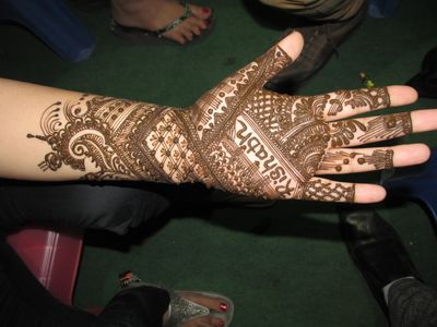 Bridal Mehndi Cost : Bridal mehandi artists with prices in hyderabad