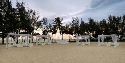 Photo of beach theme decor