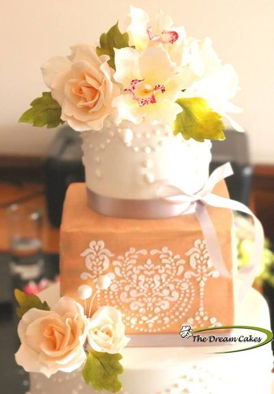 The Dream Cakes Price Amp Reviews Wedding Cakes In Hyderabad