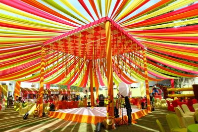Photo of multicolored mehendi