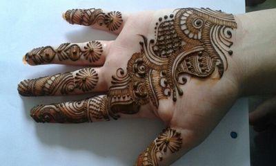 Photo of Bhavna Ashiyani Mehendi Artist
