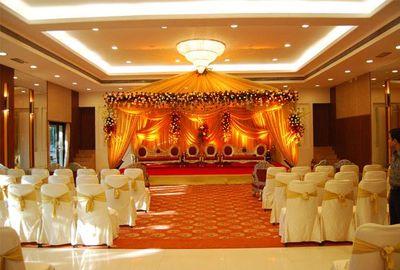 Banquet halls in gt karnal road wedding venues in gt karnal road golden crown banquets 50 gt karnal road stopboris Images