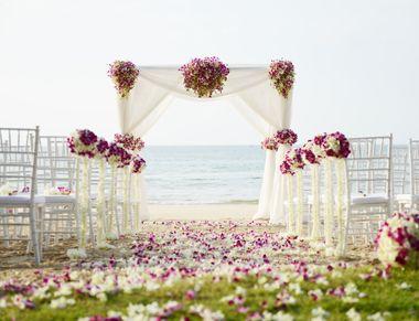 Photo of Simple and elegant beach wedding decor