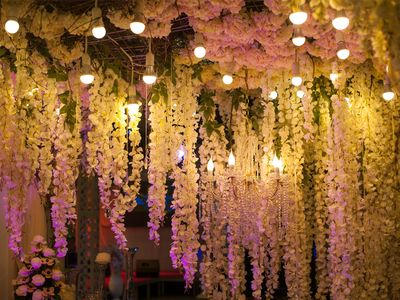 Photo of Pretty hanging decor with white floral strings