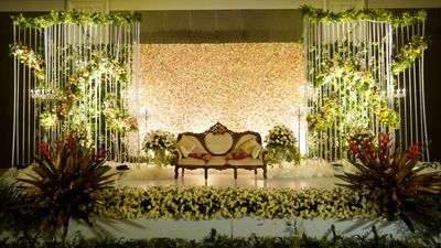 A classic home grown design from the house of Marriage colours