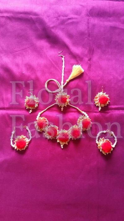 Pompom gotta jewellery (Red)