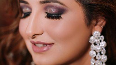 Priyanka and Akshay - Engagement Shoot - Safarsaga Films