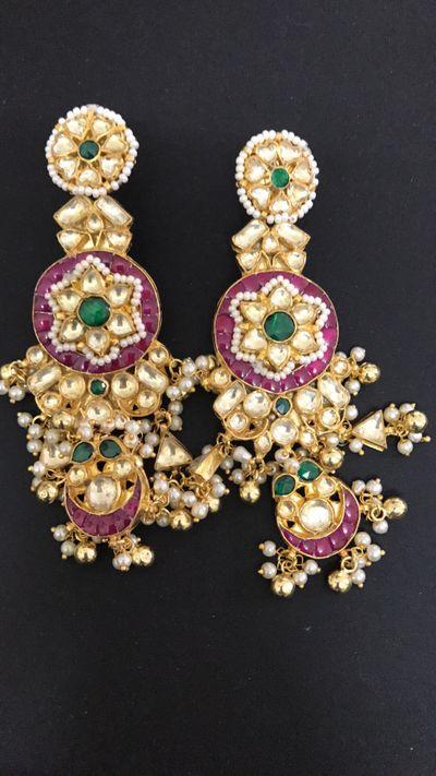 Travel jewellery