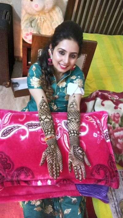 Vidhi kataria bridal mehendi at gurgaon on 20 Jan 2018