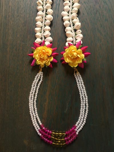 Floral necklaces