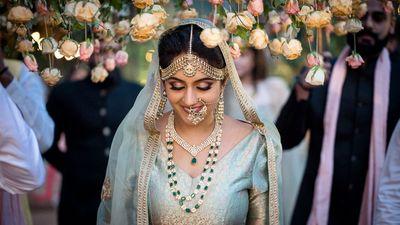 Photo of Offbeat bride entering