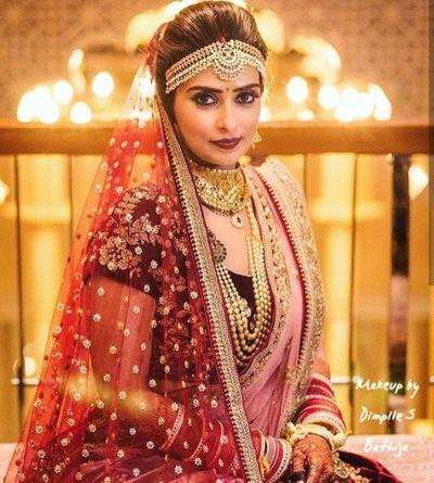 Sabyasach Bride Aparna Pheras Look