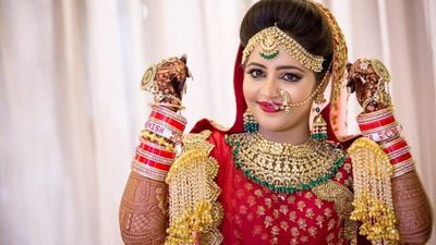 Pheras Look for Bride Maahi Narsinghani
