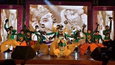 Western Dance Performances for Wedding