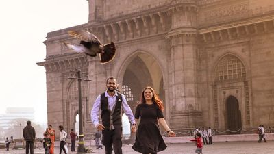 Mumbai City Pre Wedding Shoot