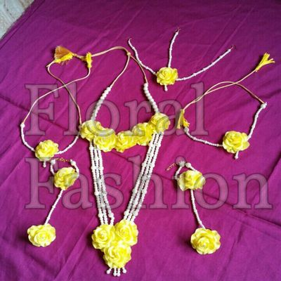 yellow artificial flower set