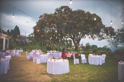A hilltop quaint wedding in Ooty