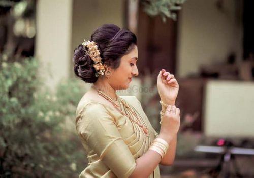 Queens Beauty Parlour Price Reviews Bridal Makeup In Kollam