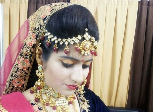 Charming Beauty Parlour And Cosmetic Price Reviews Bridal Makeup In Udaipur