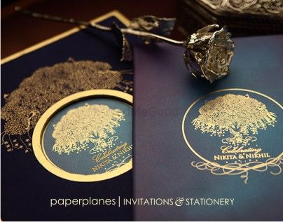Photo of paperplanes