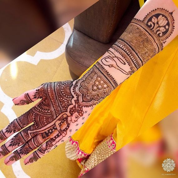 Photo of Pretty intricate mehendi for wedding