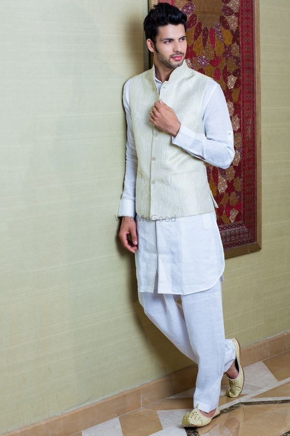 Photo of Groom wear kurta with nehru jacket for paath