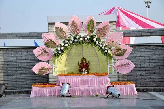 Portfolio of om flower decoration wedding decorators in ahmedabad portfolio of om flower decoration wedding decorators in ahmedabad wedmegood junglespirit Choice Image